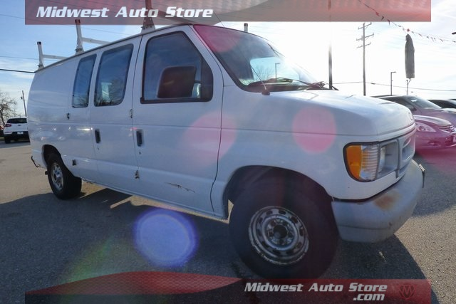 Pre-Owned 1998 Ford E-150