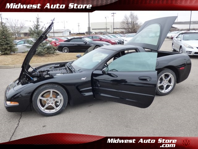 Pre-Owned 2003 Chevrolet Corvette Base