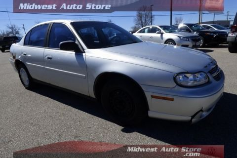 Pre-Owned 2002 Chevrolet Malibu Base