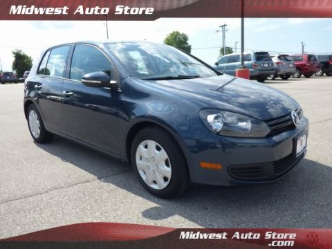 Pre-Owned 2013 Volkswagen Golf 2.5L